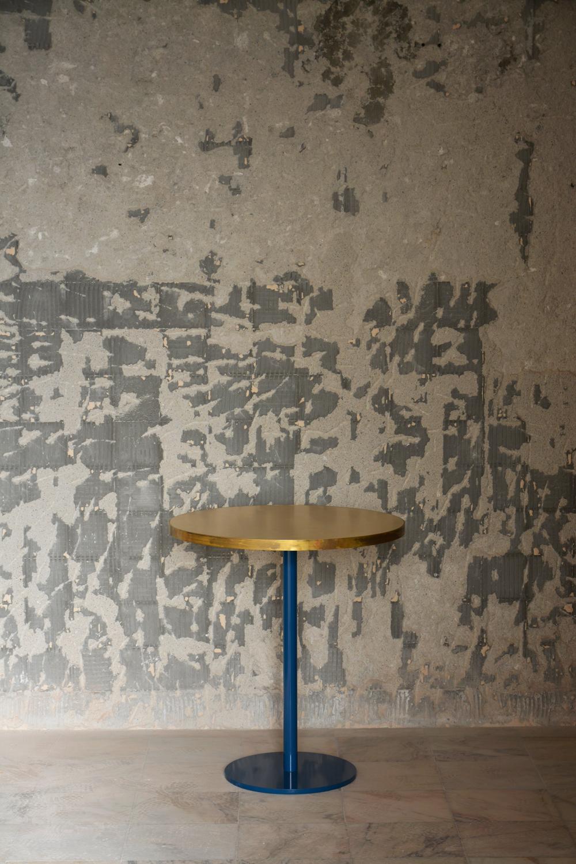 miguel gomes arquitetos mesa brass